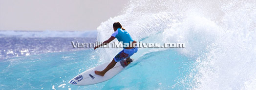 Maldives - Surfing season