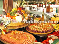 Adaaran Rannalhi Maldives accommodation and Cuisines