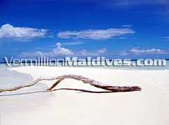 Maldives Beaches Holidays. Adaaran Club Rannalahi