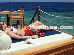 The Art of doing nothing: Cheap Holidays at Meedhupparu Water Villas