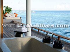 Bath Terrace of Alila Villas Hadahaa – Private villas for your honeymoon in Maldives