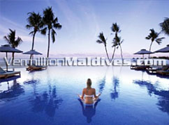 Infinity pool of Alila Villas Hadahaa – Maldives Luxury Retreat