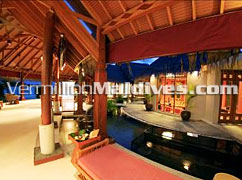 Hotel Reception of Anantara Maldives Beach Resort