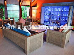 Huge discounts from Aqua Bar. Anantara Dhigu Maldives.