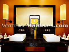 Deluxe Beachfront Pool Villa Bathroom Angsana Velavaru Maldives Cheap Holidays