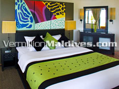 Deluxe Beachfront Pool Villa Bed room. Angsana Maldives
