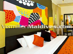 Deluxe Beachfront Pool Villa Bedroom : Beautiful luxury accommodations
