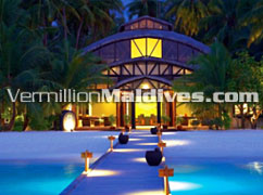 Jetty to Lobby. Angsana Velavaru maldives Island Resort