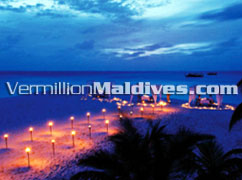 Special Private Dinning on beach for Honeymooners & lovers