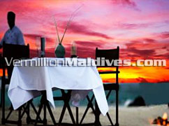 Best Sunset Dining - Banyan Tree Madivaru The beautiful colours of the tropical Maldives