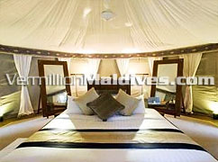 Book a  Big spacious Bed Room @ Banyan Tree Madivaru Maldives