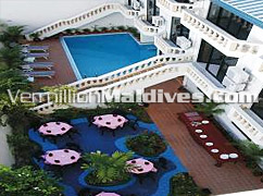 Open air dining available in Candies Hotel – Male' hotel