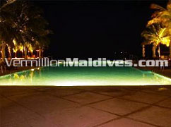Pool – Night in Club Faru Maldives – Beach Resort Maldives