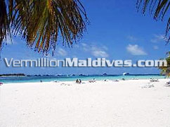 White Sandy beach of Club Faru - Resort near Airport – Maldives