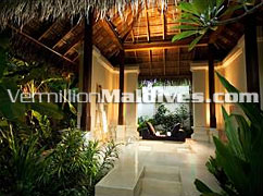 Deluxe Beach Villas: 5 Star accommodations with style at Maldives Beach Resort Conrad