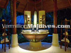 Bath Room – Wash away the stress - Constance Halaveli – Maldives Holidays