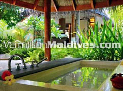 This could be your Bath Tub in Halaveli – Constance Hotel Resort Maldives