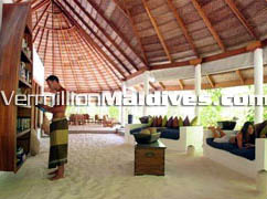 Time to read: The Compass Dhoni Island Maldives Private Island Library