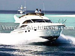 Maldives Luxury Cruising & tours at Dhoni Island