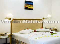 Bedrooms of Eriyadu Maldives Resort. Affordable package deals