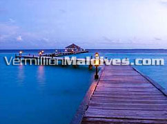 Jetty at Night in Eriyadhu Island Resort Maldives. Visit and explore