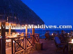 Restaurant at Night – affordable Vacation hotel in Maldives