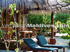 Deluxe Villa : cheap rates for Maldives Holidays at Filitheyo