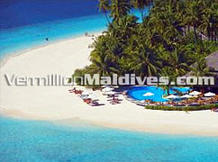 Pool & Sunset Bar :  Filitheyo Island Resort Maldives Beach Holidays