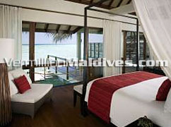 Water Villa with Pool: Very Private room for Maldives Honeymoon
