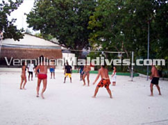 Volleyball at Maldives Island resort Giraaavru – Fun Holiday in the Maldives