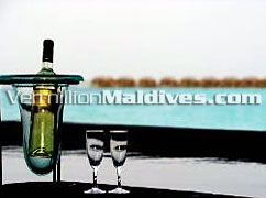 Dine and Wine at the deluxe Maldives Hotel: Hilton Maldives Irufushi Resort & Spa