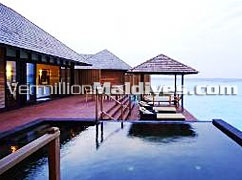 Sundeck & Pool of Infinity Water Villa: Perfect accommodations with the Maldives touch