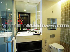 Stylish and unique - Bathrooms of Holiday Inn Male' – Hotel in Maldives