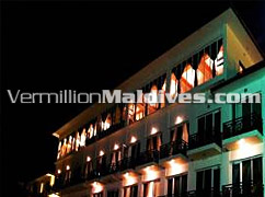 Hulhule Island Hotel - Night Lights of the Airport Hotel