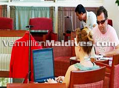 Wireless Internet available in Hulhule Island Hotel