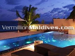 Private Pool: Huvafenfushi Beach Resort Hotel Maldives