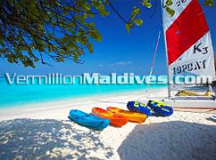 Water Sports on the Island Hideaway - Maldives Beach Holidays