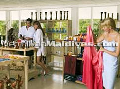 Boutique Shop – buy a souvenir or take a bit of Maldives with you