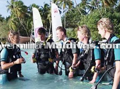 Hotel Handhufushi Maldives Offers snorkeling, diving and such for you