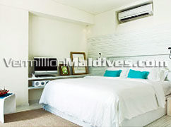 Deluxe Villa Bed room accommodation at HolidayInn Resort Kandooma Maldives Resort Hotel