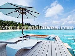 HolidayInn Resort Kandooma Maldives - Enjoy lovely & sexy moments under the Sun or shade on your private deck