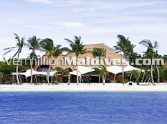 HolidayInn Resort Kandooma Maldives is a stylish & good value for money Maldives Vacation