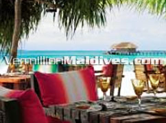 Restaurant in Kanuhura Island : Dine on the beautiful beaches of Maldives