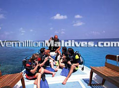 Boat trips and such lets you make new friends during your Maldives vacation time