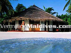 Exterior of Bungalows : Accommodations for your beach vacation