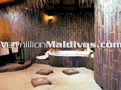 Maldives Kihaadhuffaru Hotel Bathrooms: Rusty Look with total comfort