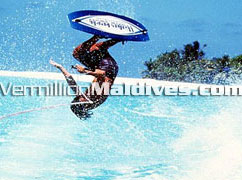 Travel and tour around the Maldives with fun activities and water sports