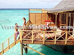 Jacuzzi Water Villa Exterior – Sun deck and Sun chairs for your loafing