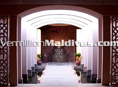 Maldives Hotel Kuramathi Cottage's beautiful Spa & walk way