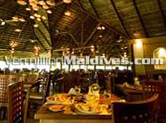 Main Restaurant of Kuramathi Maldives – Enjoy great cuisines and a pleasant stay